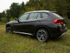 BMW X1 на траве