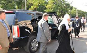 Патриарх Кирилл предпочитает Cadillac Escalade