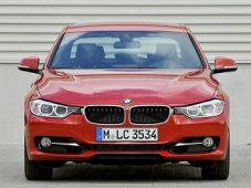 В BMW собираются производить новый суперкар