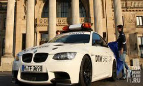 BMW представила BMW M3 DTM SAFETY CAR