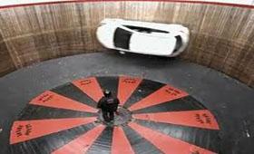 Mazda 2 была испытана на «Стене смерти»