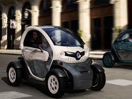 """Renault"" начала продажи электромобиля ""Twizy"""