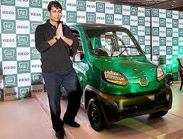 """На """"Auto Expo 2012"""" индийцы представили RE60"""