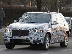 Новый BMW X5 обзаведется и новым рулем