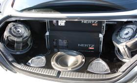 Какой звук поставить в машину
