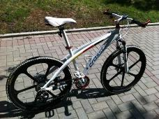 В подарок к новым BMW будет идти велосипед