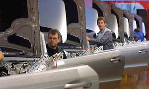 Автозаводы Германии сократят пятничный рабочий день