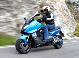 BMW привезла в Россию скутер С 600 Sport