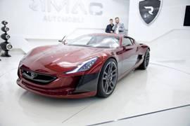 Электрокар побил пять мировых рекордов на базе 28-летнего BMW