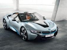BMW i8 получит аналоговую приборную панель