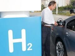 Компания BMW выпустит свой суперкар на водороде