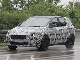 Шпионы зафиксировали проведение испытаний переднеприводного BMW