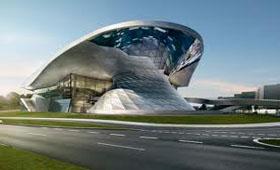 BMW Welt празднует свое пятилетие