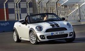 MINI обновил модельный ряд новым Roadster