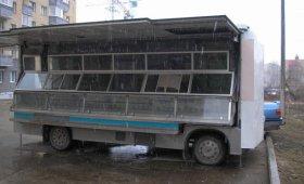 Магазин сладких товаров на колесах