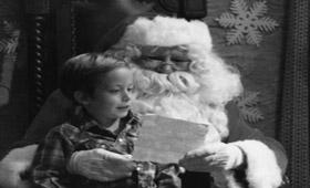Планшетники, смартфоны и BMW или что просят у Санта-Клауса?