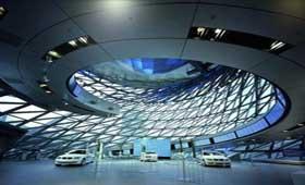 BMW - самый уважаемый автомобильный бренд