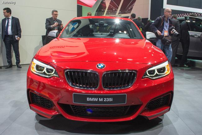 В Детройте 2014 был представлен новый BMW M235i