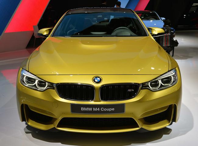 Автосалон в Детройте представил новые BMW M3 и BMW M4
