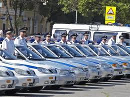 Полицейские предъявят свои водительские удостоверения