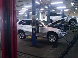 Обслуживание автомобиля BMW
