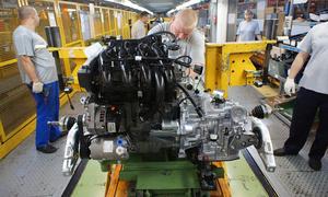Сотрудники АвтоВАЗ получат прибавку к зарплате