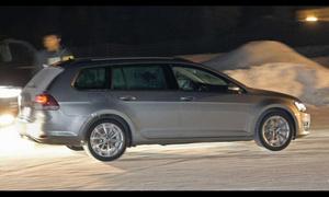 Журналисты увидели новый Volkswagen Golf без камуфляжа