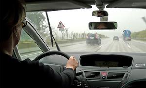 Половина водителей игнорируют ремни безопасности в России